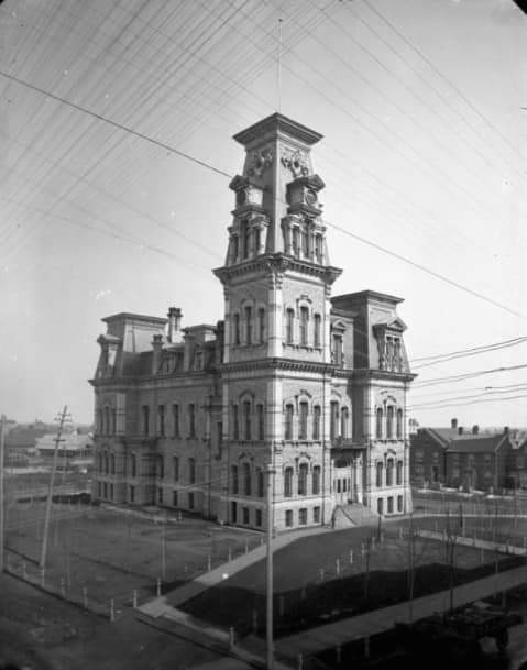 Ottawa City Hall, 1877-1931 on Elgin Street next to the original city hall on Elgin street at Canal street.